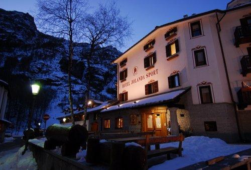 Hotel Jolanda Sport****